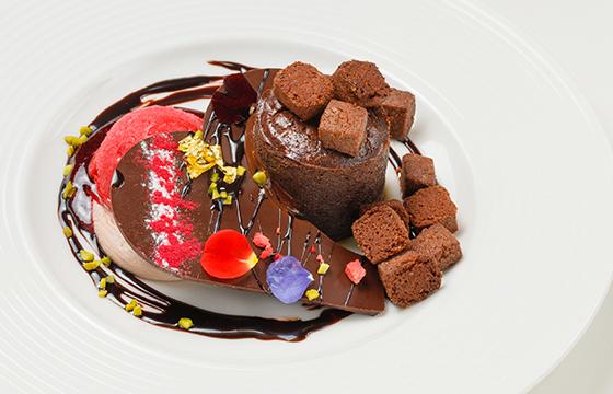 【新宿】とろける濃厚チョコタルトに期間限定ショコラも!チョコレートスイーツまとめ7選